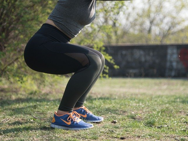 knee pain squat